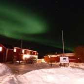 Rollstuhlgerechte Unterkunft: The beautiful Northern Lights over The Friendly Mose - The Friendly Moose Lapland